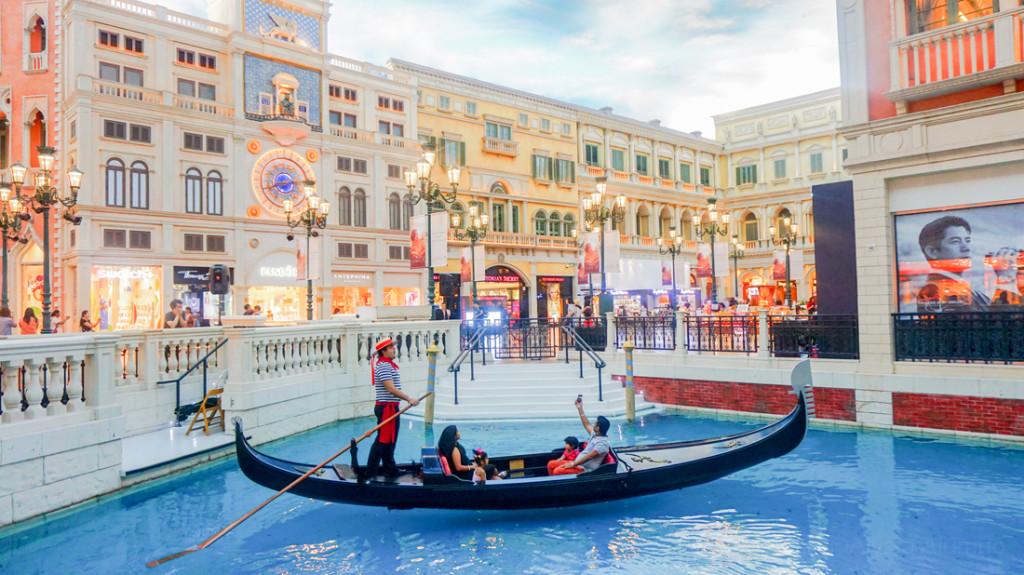 Macau - Venetian gondola